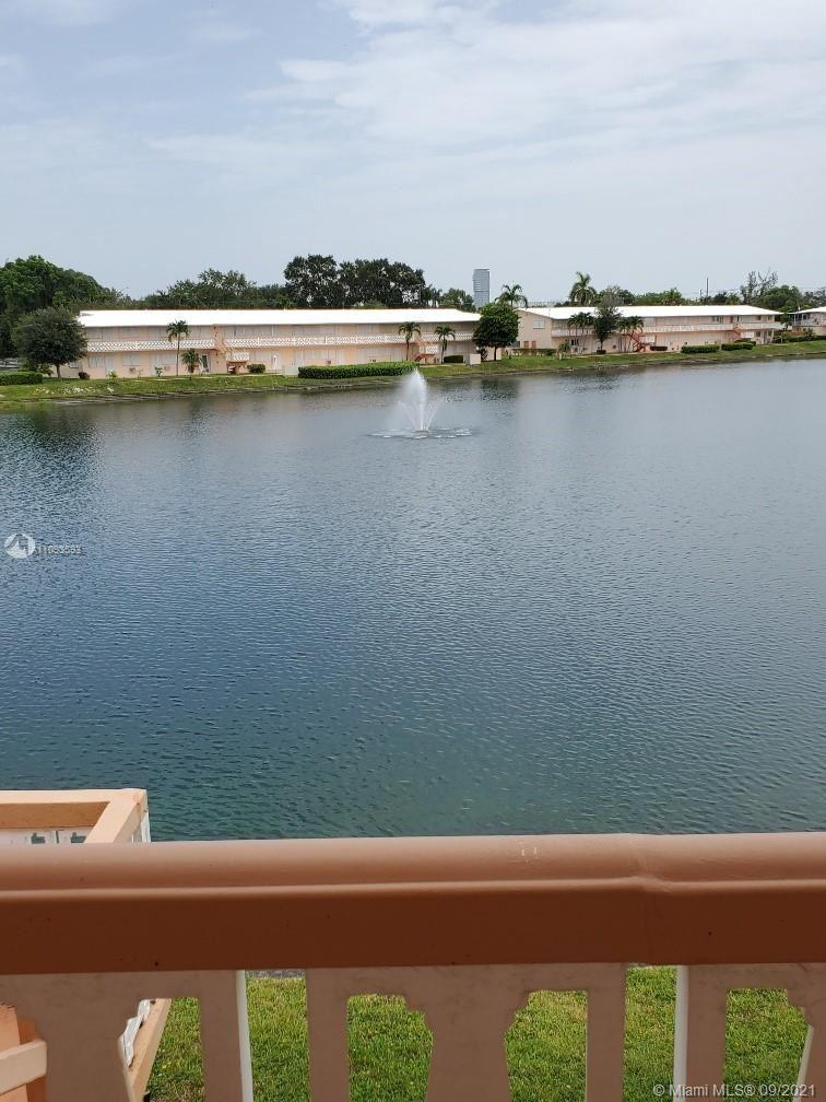 Photo of 901 SW 11th Ave #19H, Hallandale Beach, FL 33009 (MLS # A11093593)