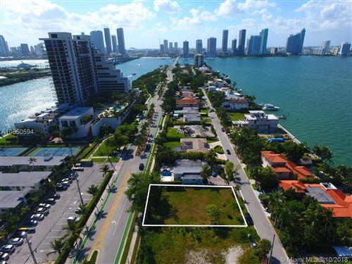 Foto de inmueble con direccion 1110 N Venetian Dr Miami FL 33139 con MLS A10550594