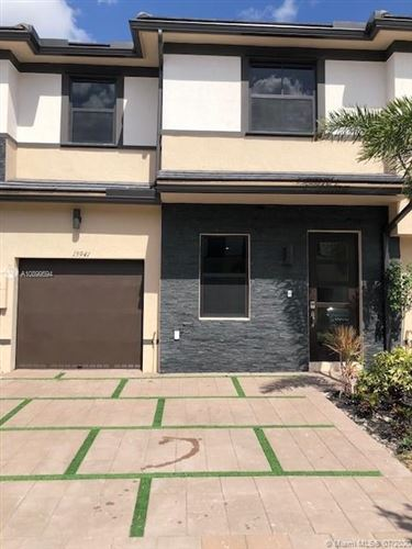 Photo of Listing MLS a10899594 in 15941 NW 91st Ct Miami Lakes FL 33018