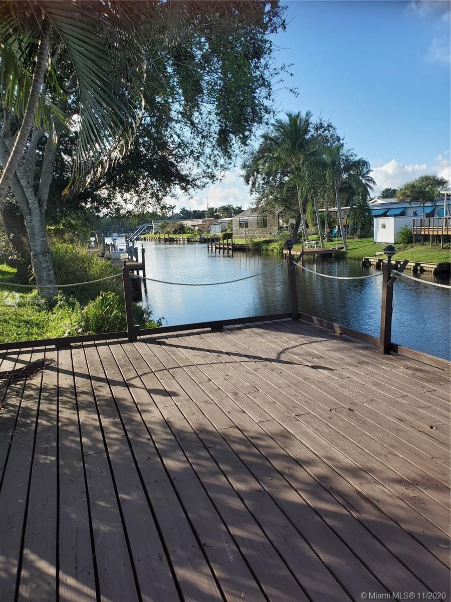 Photo of 231 SE Paradise Pl, Stuart, FL 34997 (MLS # A10959594)