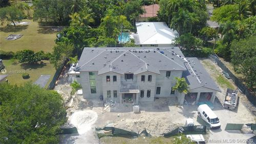 Photo of Listing MLS a10729595 in 5870 SW 100th Ter Pinecrest FL 33156