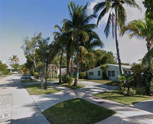 Foto de inmueble con direccion 735 Fernwood Key Biscayne FL 33149 con MLS A10736595