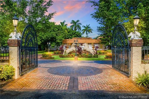 Photo of Listing MLS a10892595 in 4301 SW 95th Ave Davie FL 33328
