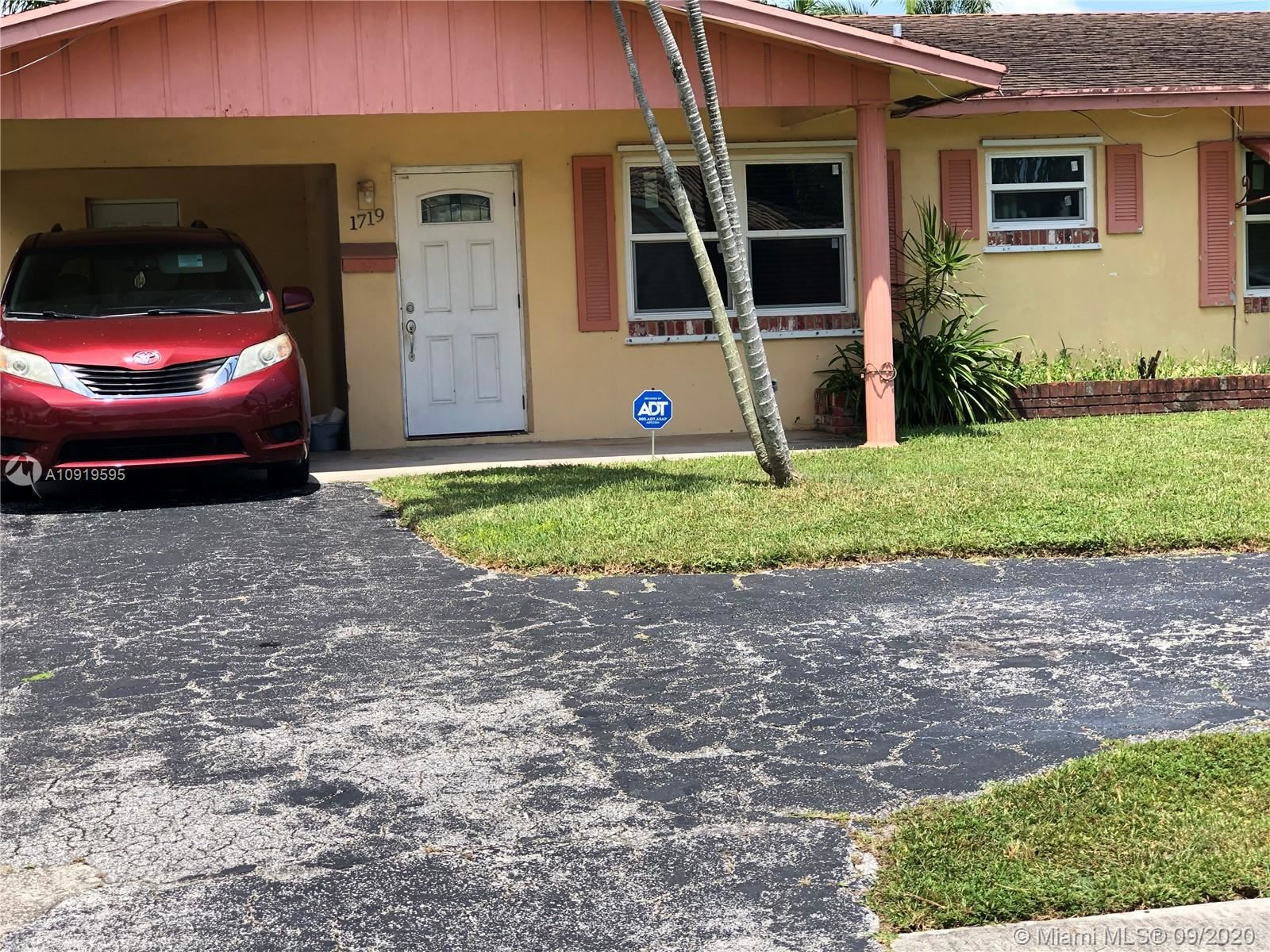 1719 NW 38th St, Oakland Park, FL 33309 - #: A10919595
