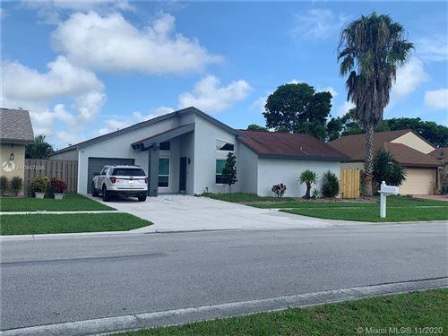 Photo of 21601 Woodstream Ter, Boca Raton, FL 33428 (MLS # A10957596)