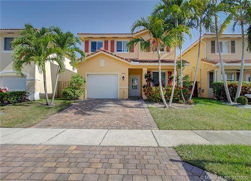 Photo of 8956 SW 215th Ln, Cutler Bay, FL 33189 (MLS # A10886597)