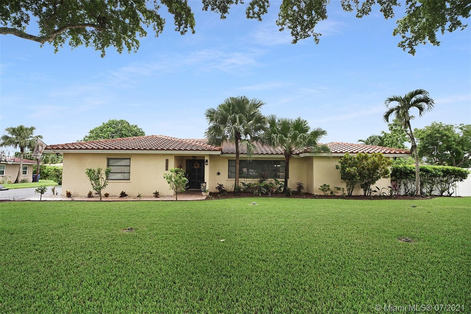 2520 NW 106th Ave, Coral Springs, FL 33065 - #: A11077597