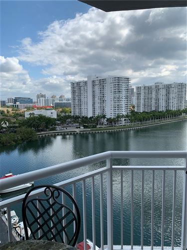 Photo of Listing MLS a10822598 in 18081 Biscayne Blvd #1102 Aventura FL 33160