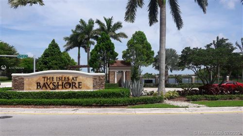 Foto de inmueble con direccion 22511 SW 88th Pl #8-24 Cutler Bay FL 33190 con MLS A10795599