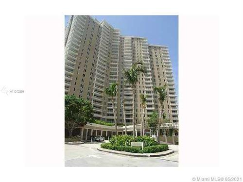 Photo of 701 Brickell Key Blvd #412, Miami, FL 33131 (MLS # A11042599)