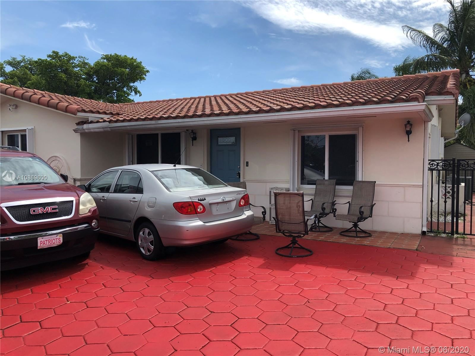 Photo of 3701 NW 78th Ave #1, Davie, FL 33024 (MLS # A10869600)