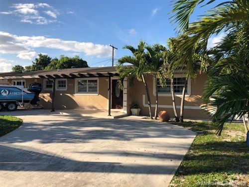 Photo of Listing MLS a10820601 in 3861 NW 175th St Miami Gardens FL 33055