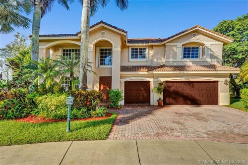 Photo of 2549 Hunters Run Way, Weston, FL 33327 (MLS # A10923601)