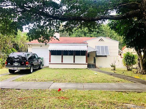 Photo of 357 SW 18th Ter, Miami, FL 33129 (MLS # A10981601)