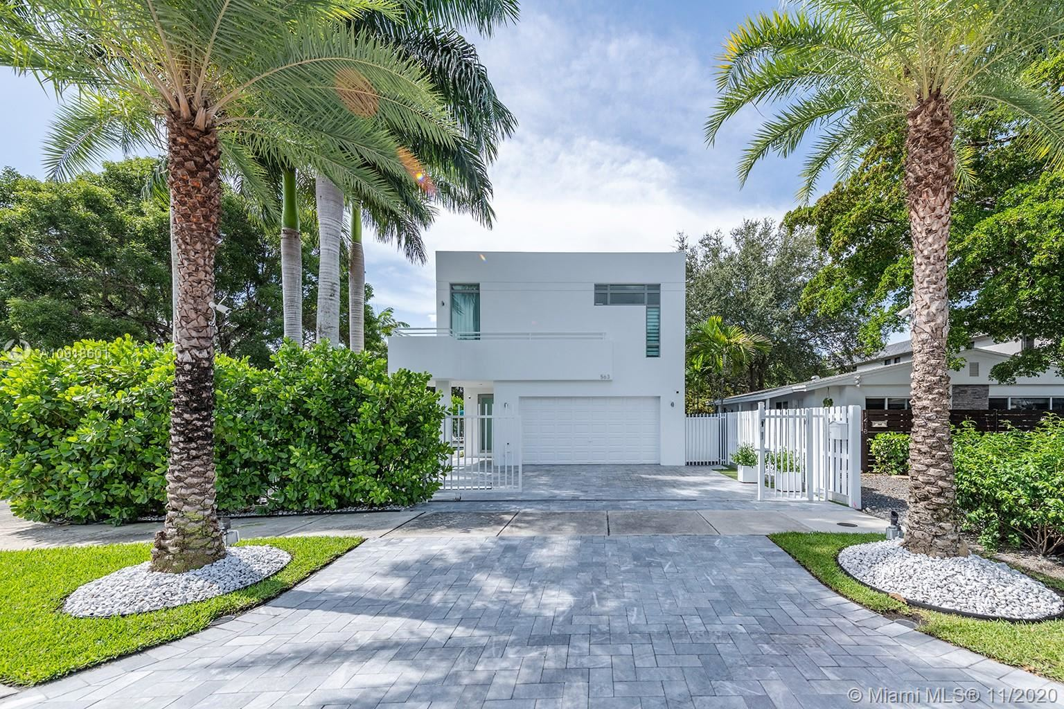 563 NE 15th Ave, Fort Lauderdale, FL 33301 - #: A10918601