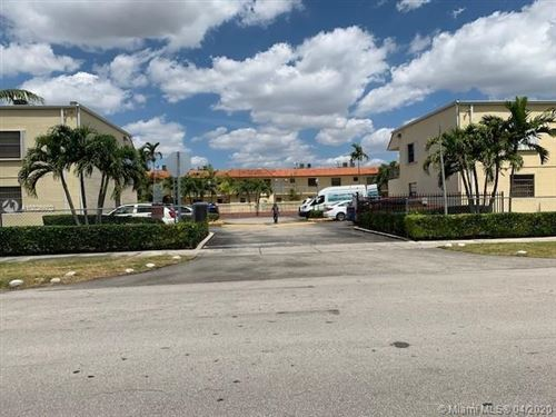 Foto de inmueble con direccion 8701 SW 12th St #11 Miami FL 33174 con MLS A10826602