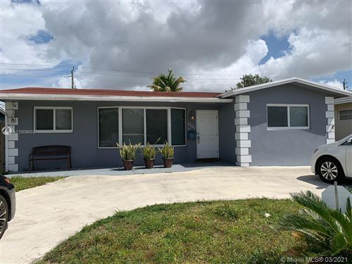 Photo of 4303 Hayes St, Hollywood, FL 33021 (MLS # A11008602)