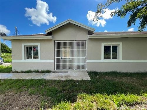 Photo of 12198 SW 220th St, Miami, FL 33170 (MLS # A11027602)