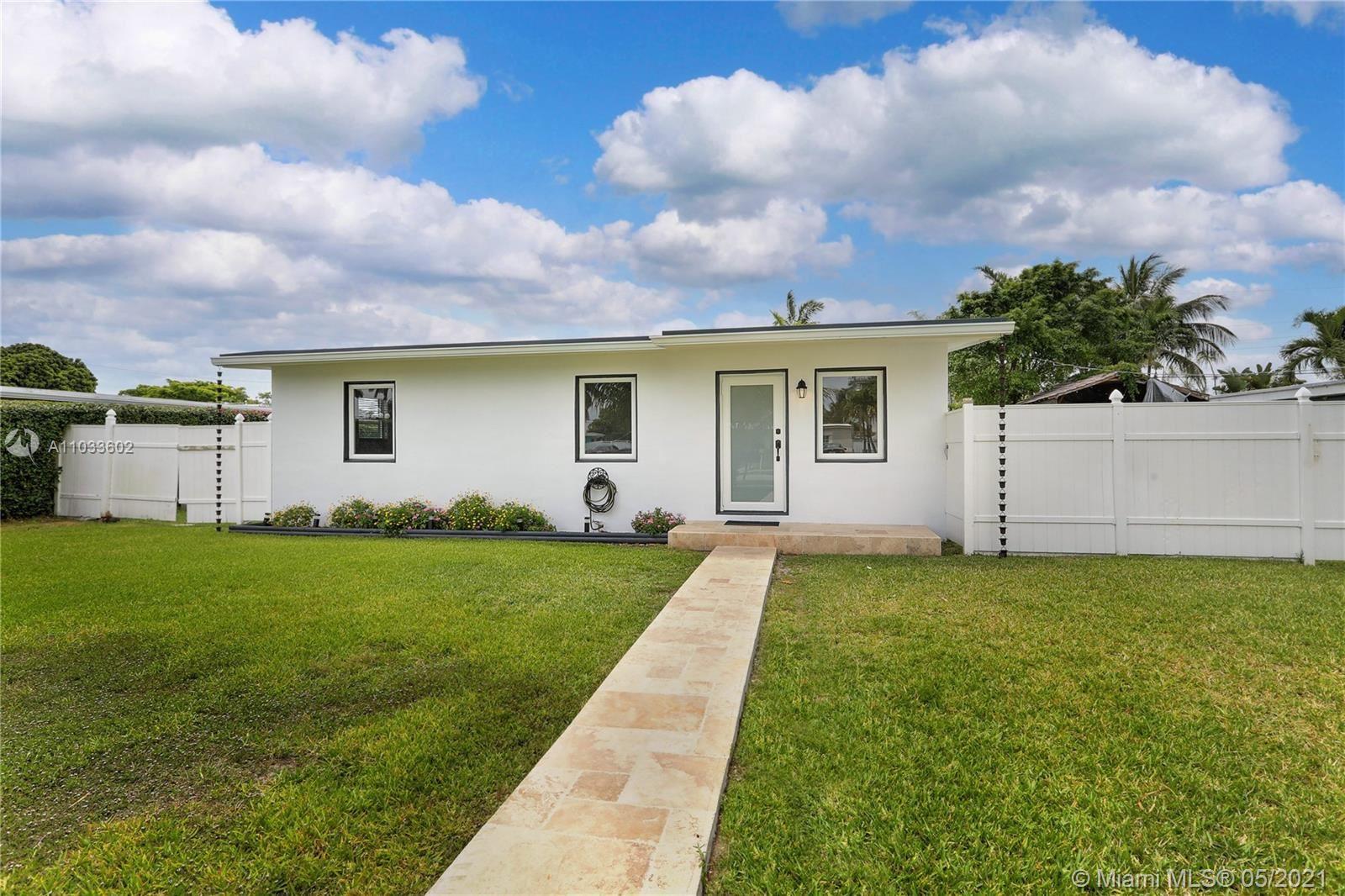 9900 SW 49th St, Miami, FL 33165 - #: A11033602