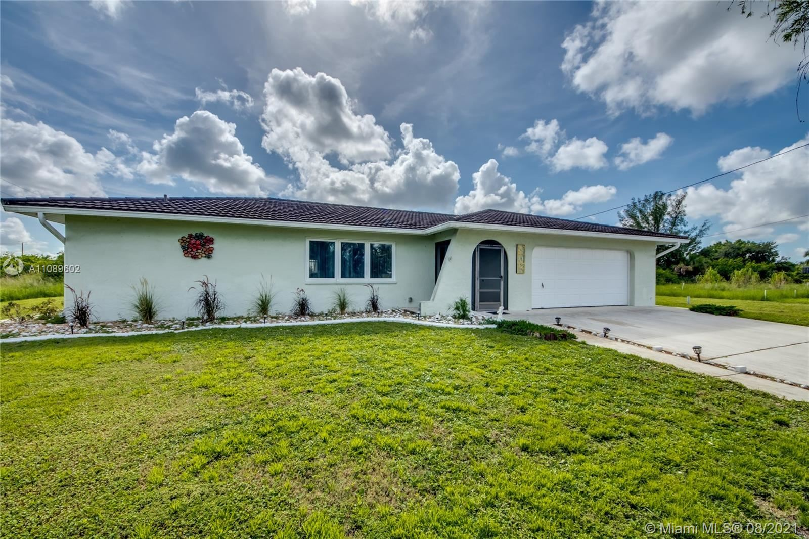 721 NW 3rd Place, Cape Coral, FL 33993 - #: A11089602
