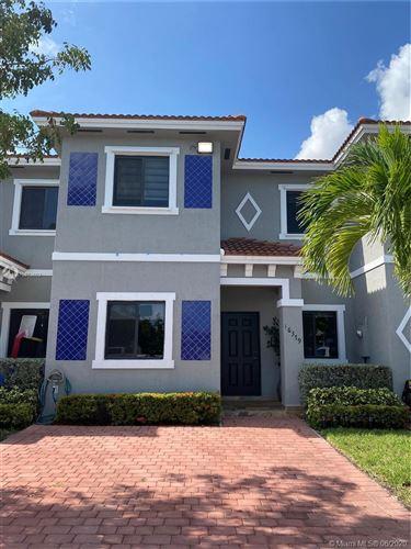 Photo of 16379 SW 44th Ter, Miami, FL 33185 (MLS # A10873603)