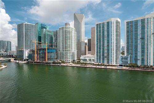 Foto de inmueble con direccion 900 Brickell Key Blvd #1403 Miami FL 33131 con MLS A10879603