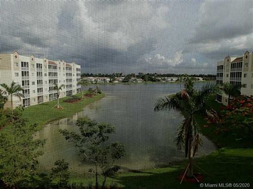 Photo of Listing MLS a10857605 in 10710 NW 66 #411 Doral FL 33178