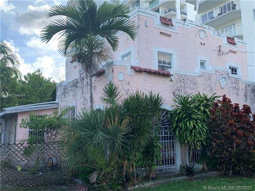 Photo of 252 SW 20th Rd, Miami, FL 33129 (MLS # A11040605)