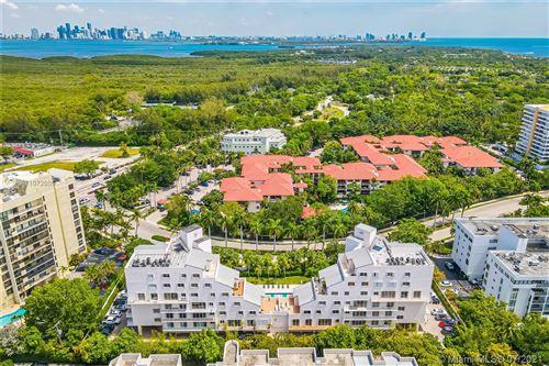 Photo of 50 Ocean Lane Dr #PH602, Key Biscayne, FL 33149 (MLS # A11072605)