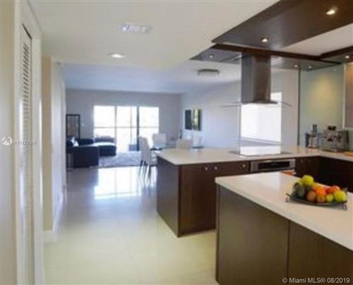 Photo of Listing MLS a10722606 in 374 Lakeview Dr #204 Weston FL 33326