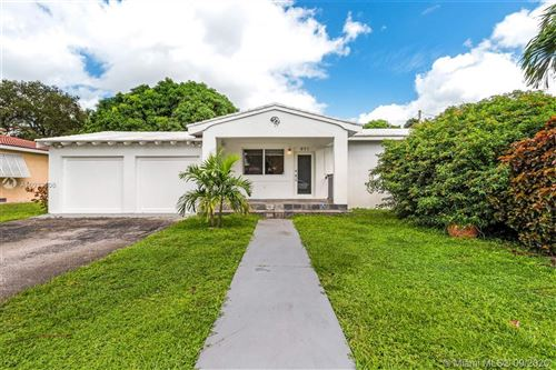 Photo of 971 NE 115th St, Biscayne Park, FL 33161 (MLS # A10932606)