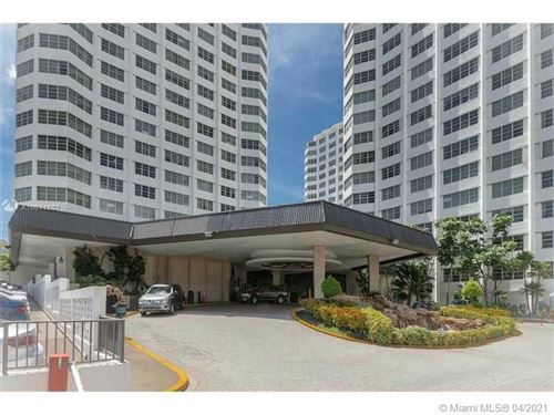 Photo of 825 Brickell Bay Dr #451, Miami, FL 33131 (MLS # A10011607)