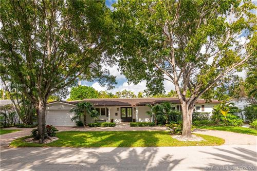 Photo of Listing MLS a10789608 in 3591 N Prospect Dr Coconut Grove FL 33133