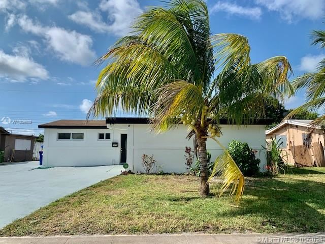 Photo of 2828 SW 4th Pl, Fort Lauderdale, FL 33312 (MLS # A11039608)