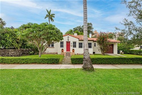 Photo of 536 Giralda Ave, Coral Gables, FL 33134 (MLS # A11076609)
