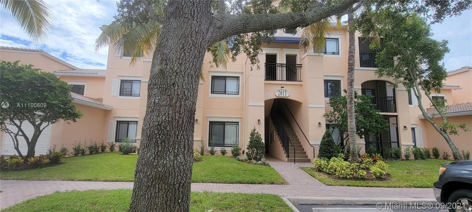 Photo of Palm Beach Gardens, FL 33410 (MLS # A11100609)