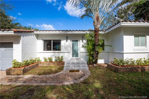 Photo of Listing MLS a10803611 in 129 NW 97th St Miami Shores FL 33150