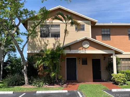 Photo of Listing MLS a10854612 in 272 NW 106th Ter #272 Pembroke Pines FL 33026