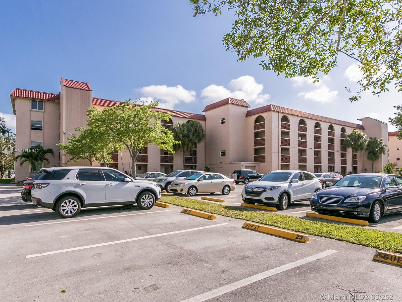 3261 Holiday Springs Blvd #306, Margate, FL 33063 - #: A11015612
