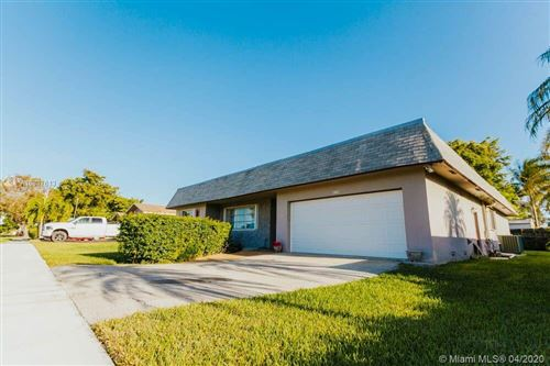 Photo of Listing MLS a10837613 in 8208 SW 26th Pl Davie FL 33328