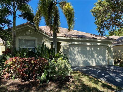 Photo of 4157 Pine Ridge Ln, Weston, FL 33331 (MLS # A10979613)