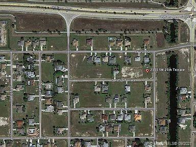 Photo of 2101 SW 25th Terr, Cape Coral, FL 33914 (MLS # A11101613)