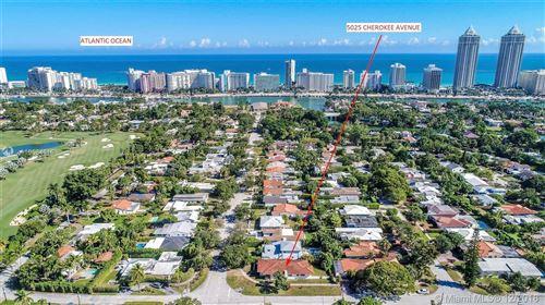 Foto de inmueble con direccion 5025 Cherokee Ave Miami Beach FL 33140 con MLS A10584616