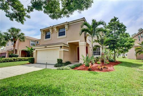 Photo of Listing MLS a10870616 in 2460 Westmont Pl Royal Palm Beach FL 33411