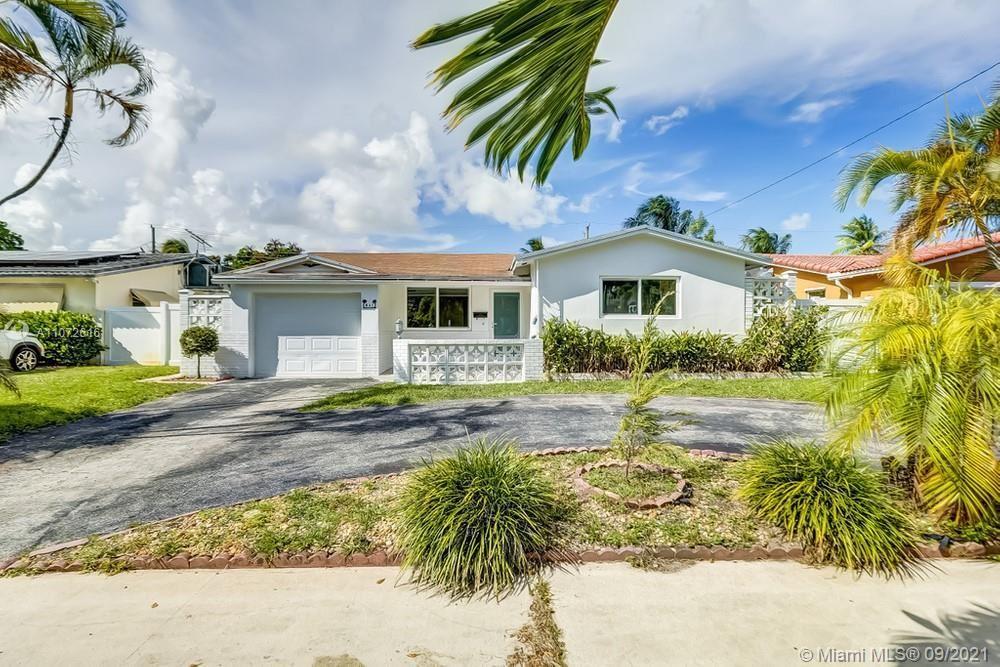 831 S Highland Drive, Hollywood, FL 33021 - #: A11072616