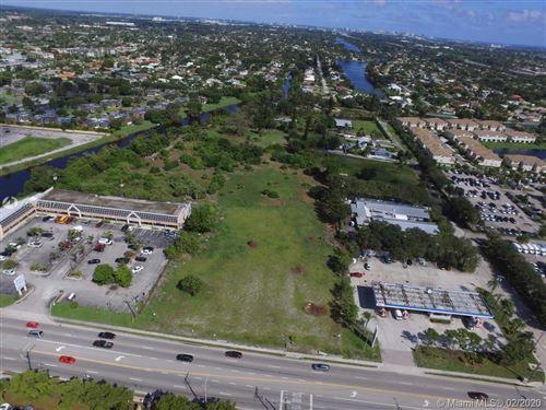 Foto de inmueble con direccion N 10th Ave N Lake Worth FL 33461 con MLS A10817617