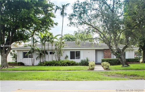 Photo of Listing MLS a10861617 in 786 Benevento Ave Coral Gables FL 33146