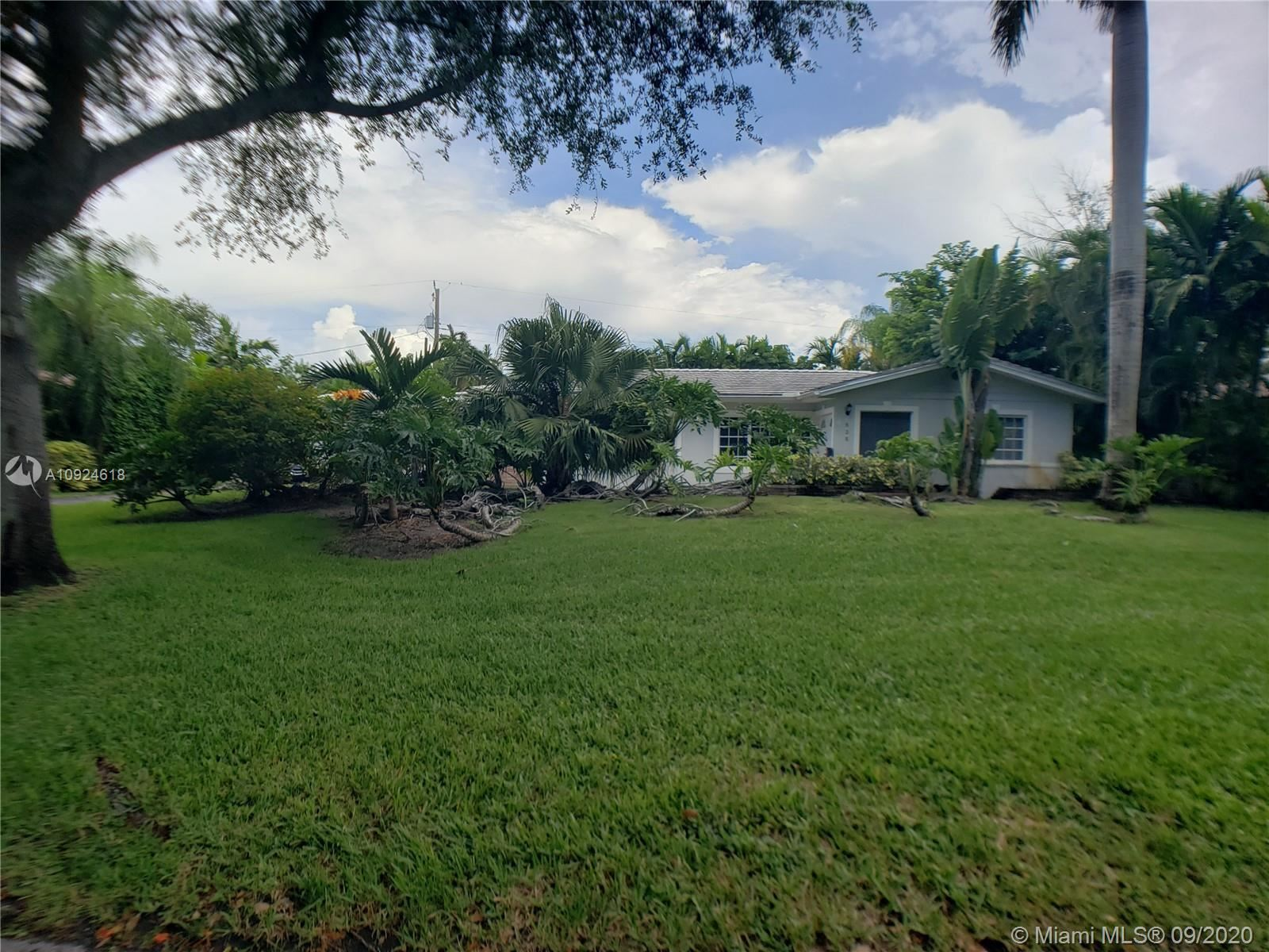 525 Gondoliere Ave, Coral Gables, FL 33143 - #: A10924618