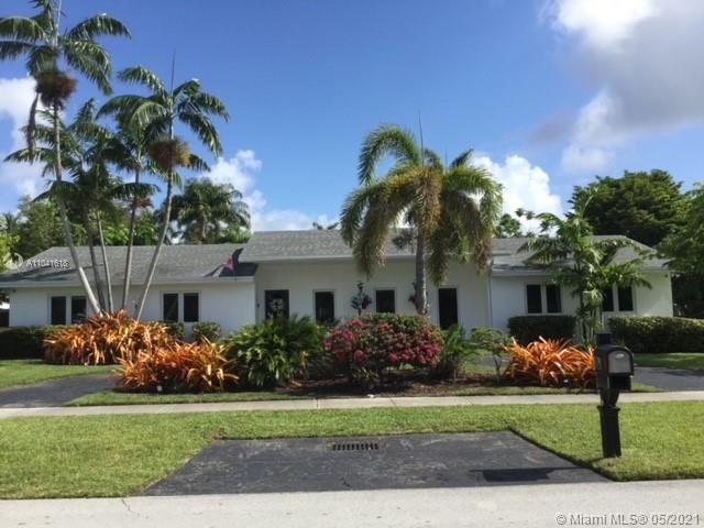 7421 SW 176th St, Palmetto Bay, FL 33157 - #: A11041618