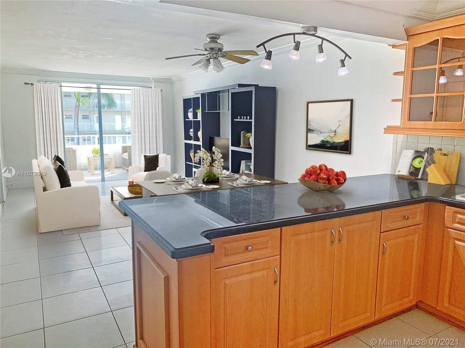 1331 Lincoln Rd #302, Miami Beach, FL 33139 - MLS#: A11073619